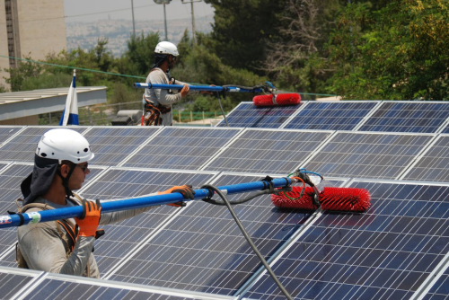 שירות ותחזוקה מערכת סולארית