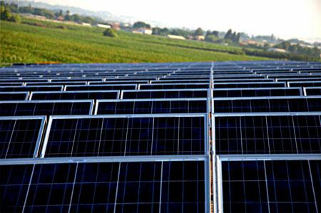 מערכת סולארית בגודל בינוני בתימורים