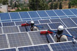 ניקוי מערכת סולארית – הבטחה לתפוקה גבוהה