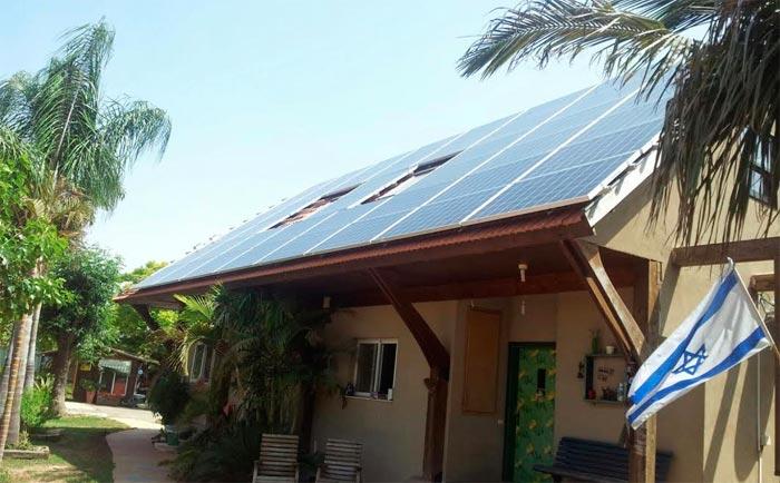 פאנלים סולריים במערכת סולארית ביתית