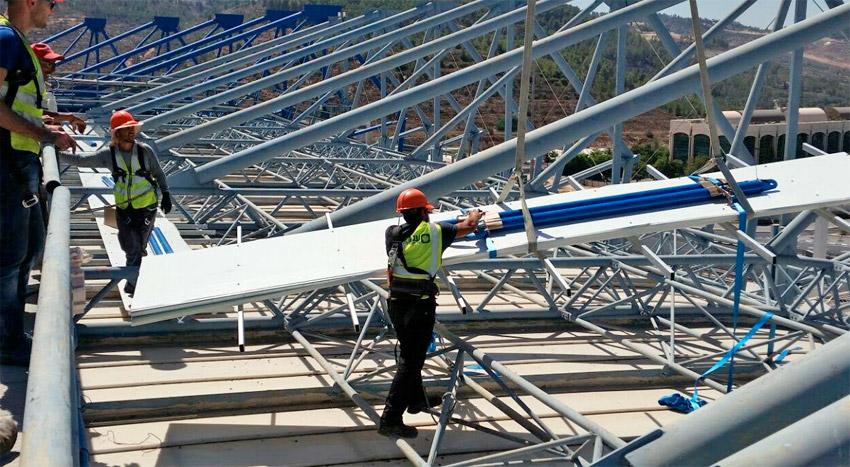 איצטדיון טדי מערכת סולארית