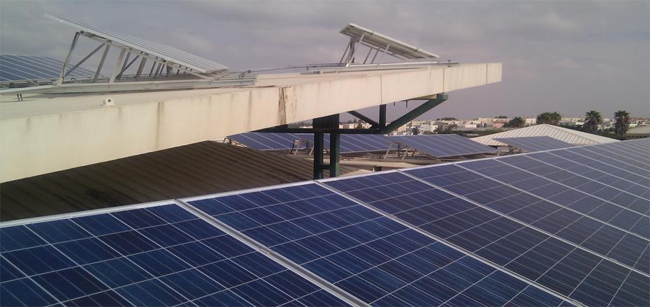 מערכת סולארית מסחרית בגודל בינוני הספריה העירונית שדרות